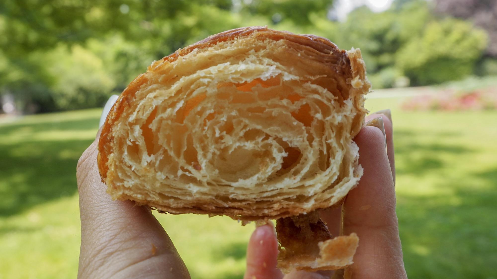 Croissant Bread&Roses II