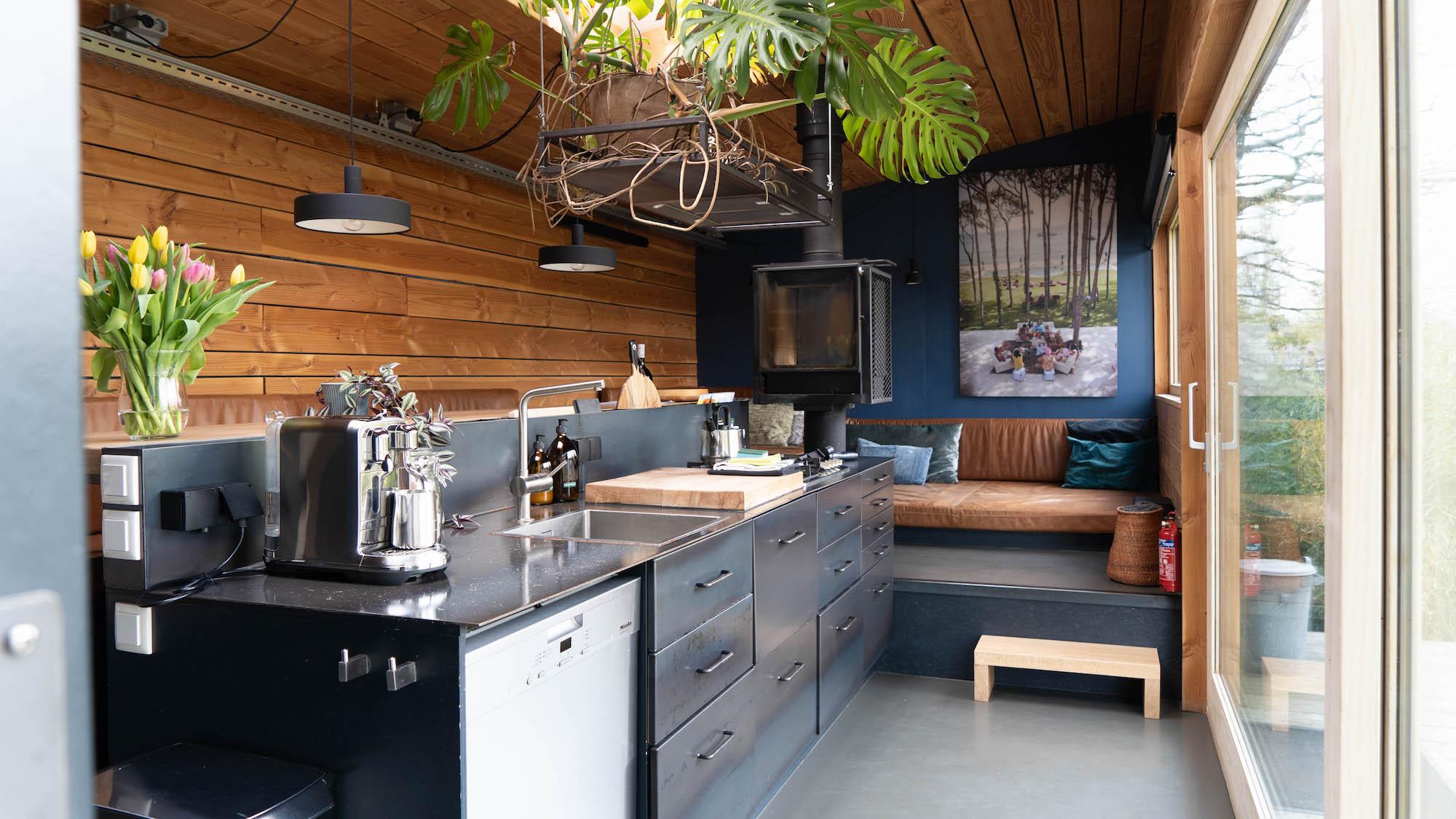 Island Cabin Rotterdam