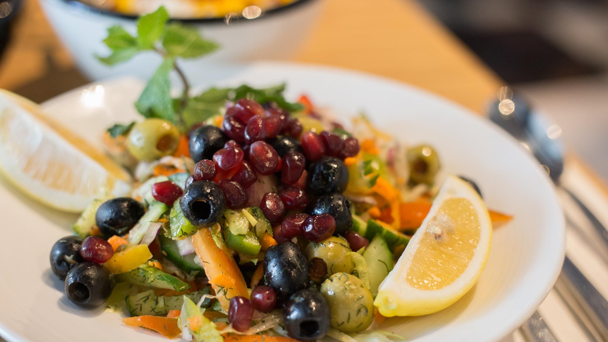 SurpiseSeat-salade